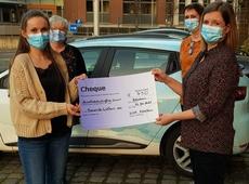 Overhandigen cheque